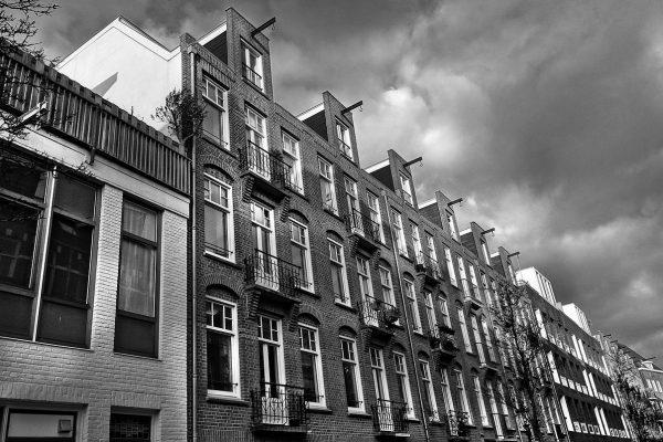 Domy szeregowe – jakie mają zalety?