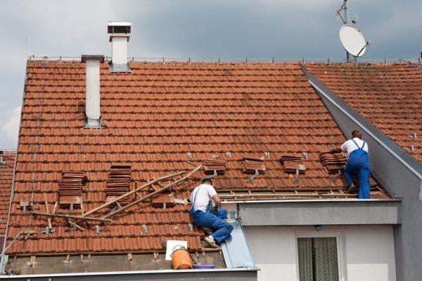Jak przeprowadzić sprawny remont dachu?