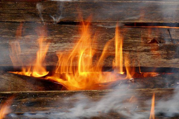 Jak działa kocioł zgazowujący drewno?