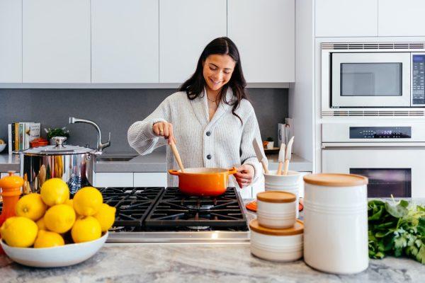 Czym kierować się przy wyborze mebli do kuchni?