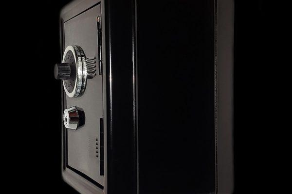 Sejf domowy – jak uchronić się przed kradzieżą?